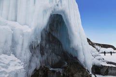 Μυθική σπηλιά πάγου στη λίμνη Baikal Ανατολική Σιβηρία, στοκ φωτογραφία με δικαίωμα ελεύθερης χρήσης