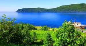 baikal lake arkivbilder