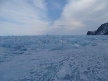 Baikal w zimie Tajemniczy miejsca fotografia stock