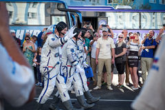 BAIKONUR, KAZACHSTAN - JULE, 28: istni astronauta, astronauta wysyłają ISS na Rosyjskiej astronautycznej rakiecie randolph Fotografia Royalty Free