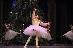 Bailado da dança da menina da saia do fio imagem de stock