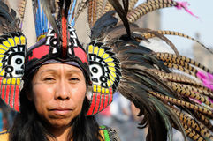 Bailarín azteca en México Foto de archivo