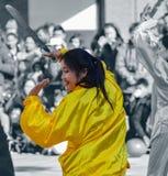 Bailarín chino de sexo femenino Foto de archivo