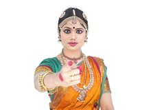 Bailarín clásico de sexo femenino de la India Foto de archivo