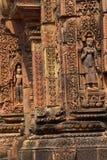 Bailarín de Apsara en las paredes Banteay Srei Imágenes de archivo libres de regalías