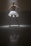 Bailarín de ballet de detrás fotos de archivo libres de regalías