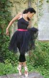 Bailarín de ballet de sexo femenino hermoso imagen de archivo