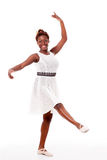 Bailarín de ballet joven del african-american en developpé fotos de archivo libres de regalías