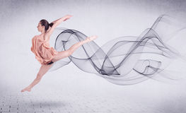 Bailarín de ballet moderno que se realiza con remolino abstracto Fotos de archivo