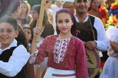 Bailarín de Chipre en traje tradicional Imagen de archivo