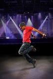 Bailarín de Hip Hop del afroamericano Imagen de archivo