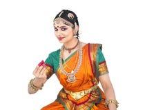 Bailarín de sexo femenino clásico de la India Imágenes de archivo libres de regalías