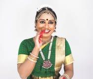 Bailarín de sexo femenino clásico indio Imagen de archivo
