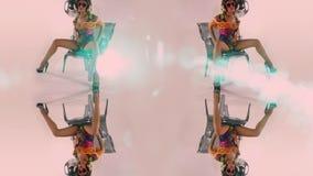 Bailarín de sexo femenino del disco de Beautfiul almacen de metraje de vídeo