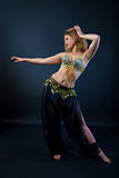 Bailarín de vientre hermoso Imagen de archivo