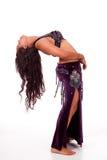 Bailarín de vientre joven en backbend imágenes de archivo libres de regalías