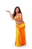 Bailarín de vientre que hace la presentación de gesto foto de archivo