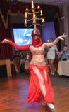 Bailarín de vientre turco imagenes de archivo
