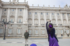 Bailarín del flamenco que se realiza en Royal Palace, Madrid, España Foto de archivo