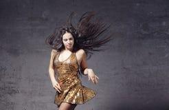 Bailarín en el cuarto inútil Fotografía de archivo libre de regalías