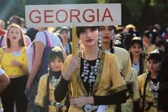 Bailarín georgiano en traje tradicional Fotos de archivo libres de regalías