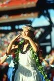 Bailarín hawaiano de sexo femenino fotografía de archivo libre de regalías
