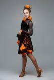 Bailarín hermoso del salón de baile en vestido de la salsa Fotografía de archivo libre de regalías