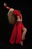 Bailarín hermoso en traje del este. Fotografía de archivo