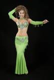 Bailarín hermoso en traje del este. Fotos de archivo