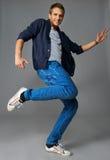 Bailarín joven con estilo Fotos de archivo libres de regalías