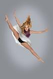 Bailarín Jumping y fracturas el hacer Fotografía de archivo libre de regalías