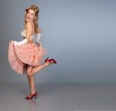 Bailarín lindo del burlesque de la chica joven Imágenes de archivo libres de regalías