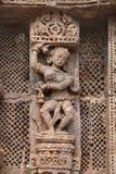Bailarín tallado exquisito de la señora, templo Konark de Sun Imágenes de archivo libres de regalías