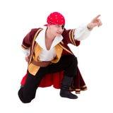 Bailarín vestido como presentación asentada pirata Foto de archivo