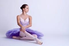 Bailarina assentada Imagem de Stock