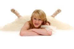 Bailarina de reclinación Imagenes de archivo