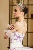 Bailarina en el interior rico Fotografía de archivo libre de regalías