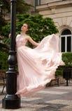 Bailarina hermosa joven fotos de archivo