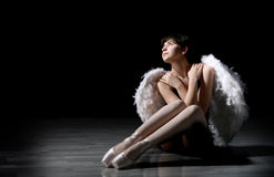 Bailarina joven con las alas Foto de archivo