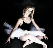 Bailarina que brilla intensamente Fotografía de archivo