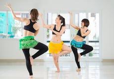 Bailarinas de la danza del vientre de la belleza Fotografía de archivo libre de regalías
