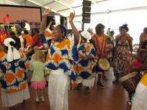 Bailarines africanos de la música Fotos de archivo