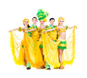 Presentación atractiva de los bailarines del carnaval Fotografía de archivo libre de regalías