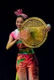 Bailarines chinos. Compañía del arte de Zhuhai Han Sheng. Fotografía de archivo