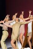 Bailarines de ballet durante la colección de Duyos en SS 2015 MBFW Madrid Fotos de archivo