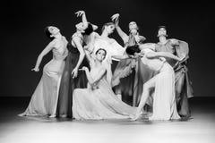 Bailarines de ballet durante la colección de Duyos en SS 2015 MBFW Madrid Fotografía de archivo libre de regalías