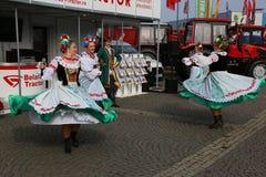 Bailarines de Bielorrusia fotos de archivo libres de regalías