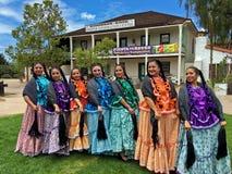 Bailarines de Cinco de Mayo imagen de archivo libre de regalías