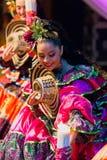 Bailarines de Colombia en el traje tradicional 3 Imagen de archivo