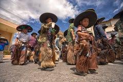 Bailarines de Inti Raymi en Ecuador Foto de archivo